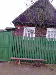 Дом с хоз. постр. и участком в 25 соток в г/п Логишин,  Пинский р-н